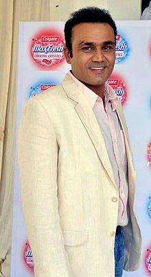 Virender Sehwag - لاعب الكريكيت اللطيف والممتع ذو الجذور الهندية في عام 2021