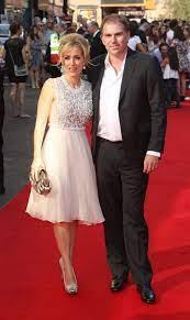 جيليان أندرسون مع صديقها السابق مارك