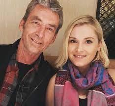إليزا تايلور مع والدها