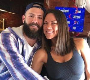 جيك Arrieta مع زوجته